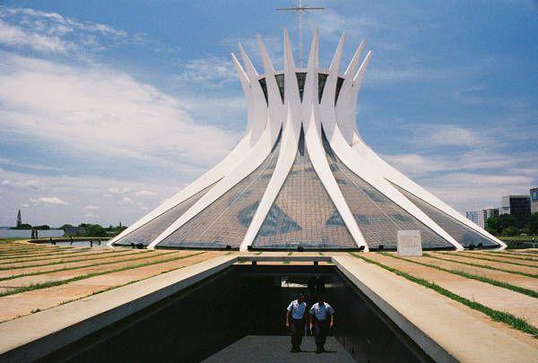 origen-e-historia-de-la-catedral-de-brasilia